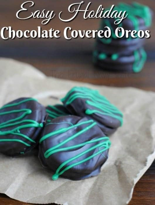 Easy Holiday Chocolate Covered Oreos Green Food Recipes For St. Patrick's Day faithandfamilyfun.com