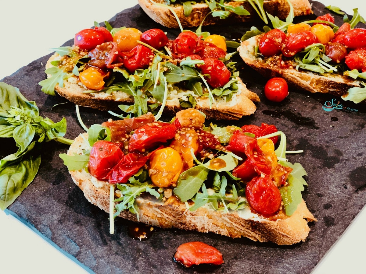 Tomato Pesto Breakfast Toast